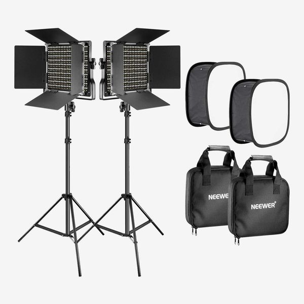 Neewer Bi-Color 660 LED Video Light with Stand and Softbox Kit