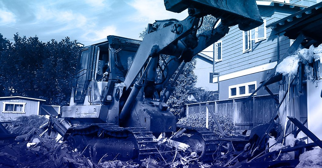 Demolition Wrong House : Demolition crew blames google maps for destroying the