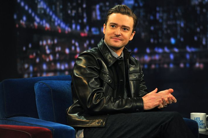 """Justin Timberlake visits """"Late Night With Jimmy Fallon"""" at Rockefeller Center on March 11, 2013 in New York City."""
