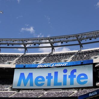 EAST RUTHERFORD, NJ - AUGUST 23: MetLife signage at the New Meadowlands Stadium on August 23, 2011 in East Rutherford, New Jersey. Life Insurance company MetLife have agreed a 25 year stadium rights agreement with the Jets and the Giants National Football League teams for an undisclosed fee. (Photo by John W. Ferguson/Getty Images)