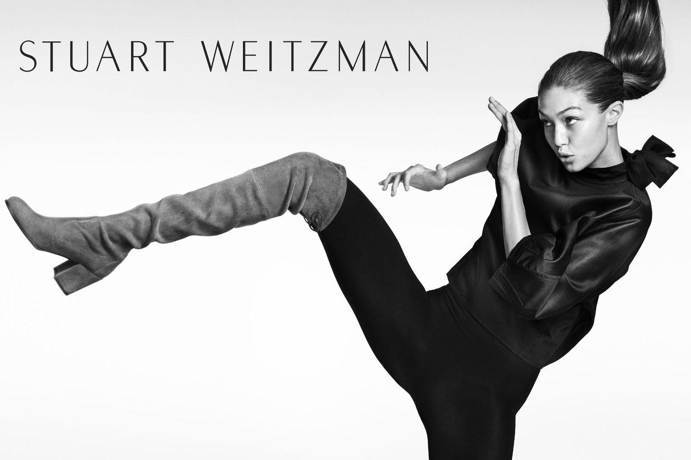 30-Gigi-Hadid-Stuart-Weitzman.w710.h473.2x.jpg (1420×945)