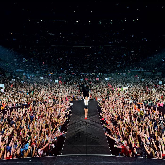 Why Taylor Swift Is The Reigning Queen Of Pop