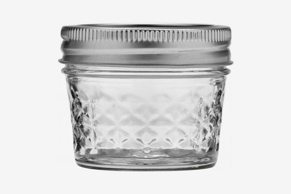 Ball 4-Ounce Quilted Crystal Jelly Jars with Lids and Bands