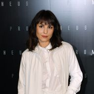"Swedish actress Noomi Rapace poses during a photocall for the Premiere of  ""Prometheus"" on April 11, 2012 in Paris. AFP PHOTO THOMAS SAMSON (Photo credit should read THOMAS SAMSON/AFP/Getty Images)"