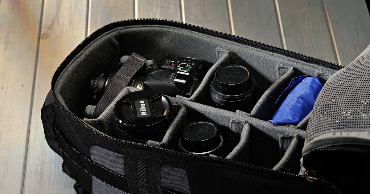 The Best Camera Bags for DSLRs, According to Amazon Reviews