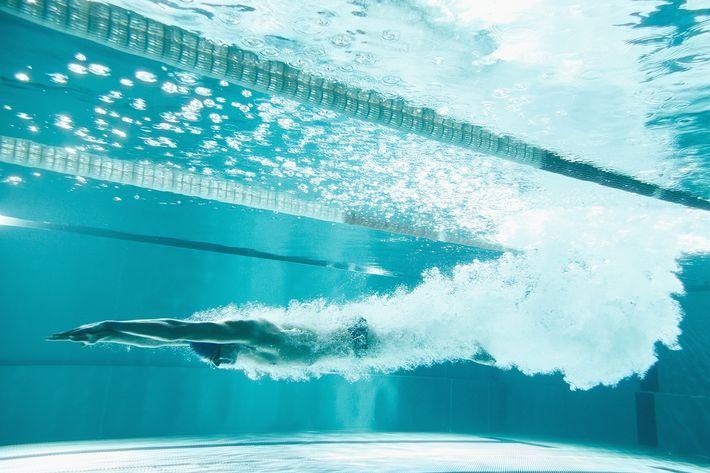 Princeton suspends men's swim team over vulgar messages