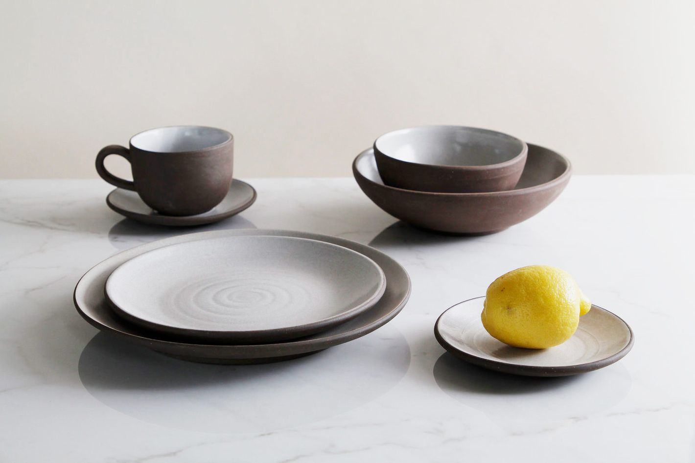 21 Best Basic But Cool Ceramic Plates And Tableware 2018