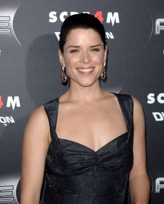 Neve Campbell== The Los Angeles premiere of SCRE4M== Grauman's Chinese Theater, Hollywood, Ca== April 11, 2011== ?Patrick McMullan== Photo – DAVID CROTTY/patrickmcmullan.com==