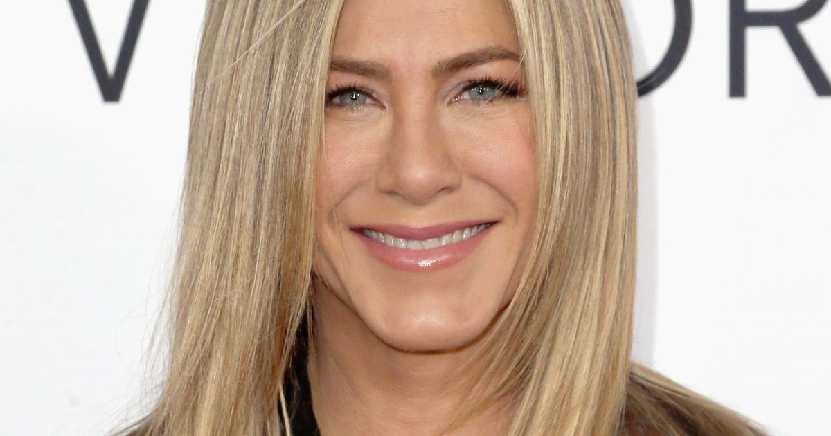 Jennifer Aniston Thinks Social Media Would Ruin A Friends