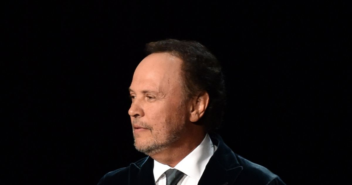 Read Billy Crystal's Touching Tribute to His Friend Robin ...