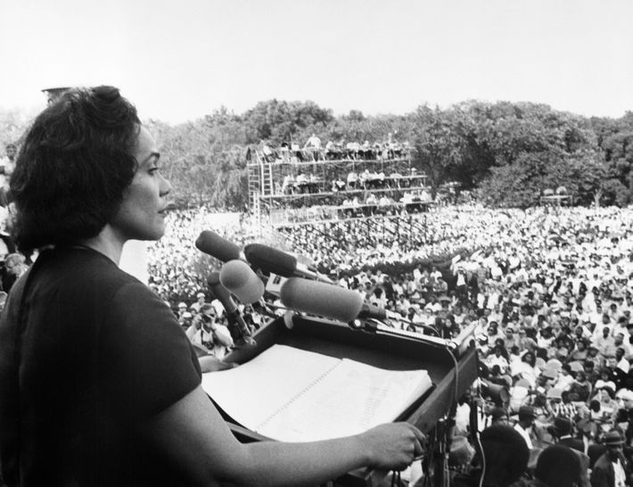 "6/19/1968: Coretta Scott King, widow of Martin Luther King, Jr., addresses the ""Solidarity Day"" rally of the Poor People's Campaign from the steps of the Lincoln Memorial. She told the nearly 50,000 persons gathered that ""racism, poverty, and war"" had combined to make matters worse for poor black and white alike."