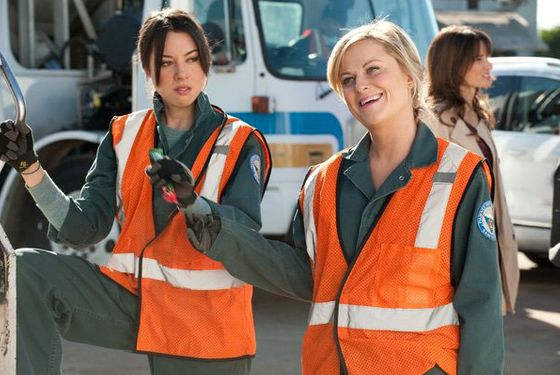 "PARKS AND RECREATION -- ""Women In Garbage"" Episode 514 -- Pictured: (l-r) Aubrey Plaza as April Ludgate, Amy Poehler as Leslie Knope"