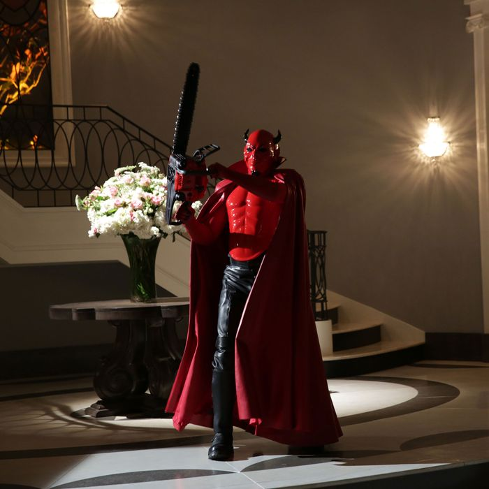 SCREAM QUEENS: The Red Devil in the