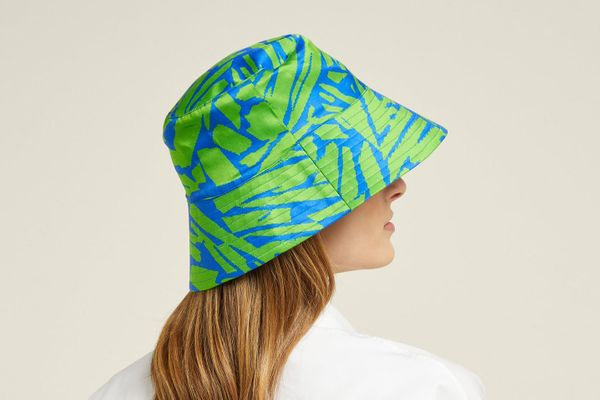 Holly Pavement-Print Satin Bucket Hat