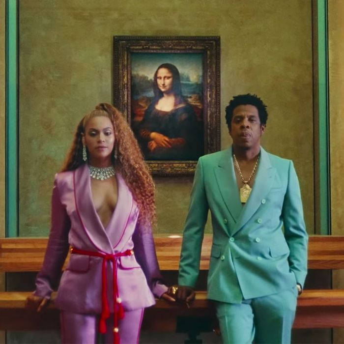 Who Designed Each Look In Beyonce And Jay Z S Apesh T Video