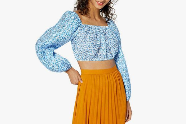 C/Meo Collective Women's Come Across Puff Sleeve Fashion Crop Top
