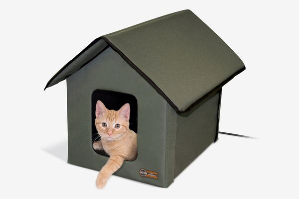 K&H Pet Products Outdoor Heated Kitty House