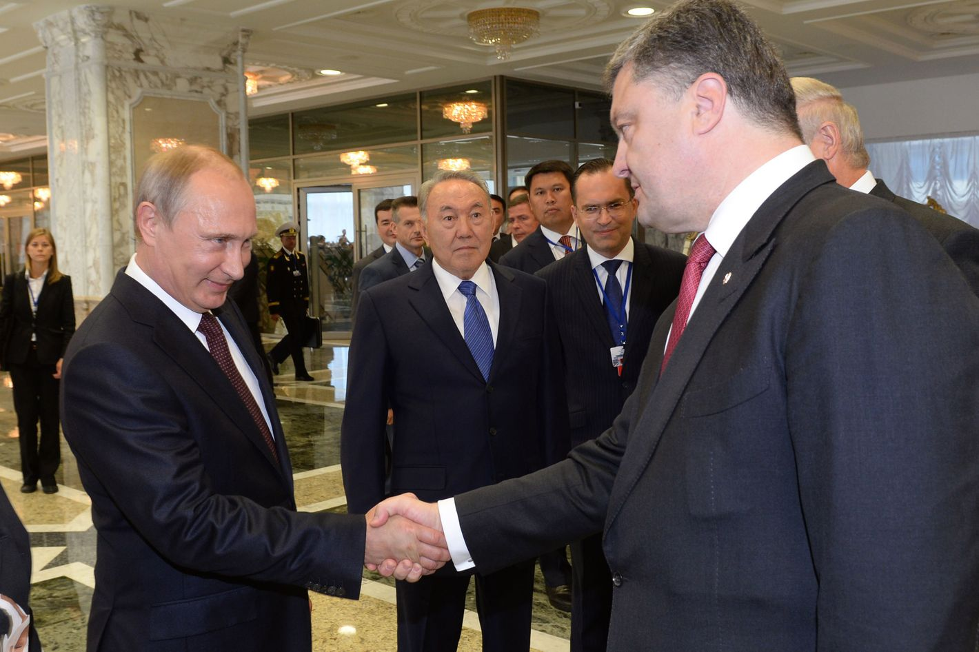 (L-R) EU Vice-President Catherine Ashton, Russian President Vladimir Putin, Kazakh President Nursultan Nazarbayev and Ukrainian President Petro Poroshenko attend the Ukraine Summit In Minsk, Belarus on August 26, 2014.