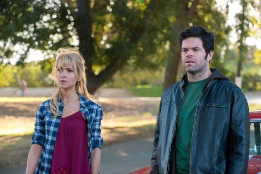 JUSTIFIED -- This Bird Has Flown -- Episode 4 (Airs Tuesday, January 29, 10:00 pm e/p) -- Pictured: (L-R) Jenn Lyon as Lindsey, Robert Baker as Randall