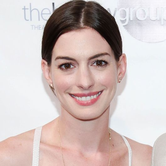 Anne Hathaway to Star in TV Series, Arguably Becoming the Largest ... Anne Hathaway