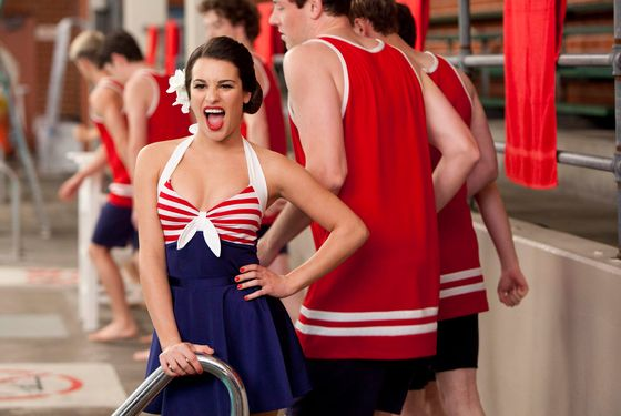 "GLEE: Rachel (Lea Michele) performs in the ""Yes/No"" winter premiere episode of GLEE airing Tuesday, Jan. 17 (8:00-9:00 PM ET/PT) on FOX. ©2011 Fox Broadcasting Co. Cr: Adam Rose/FOX"