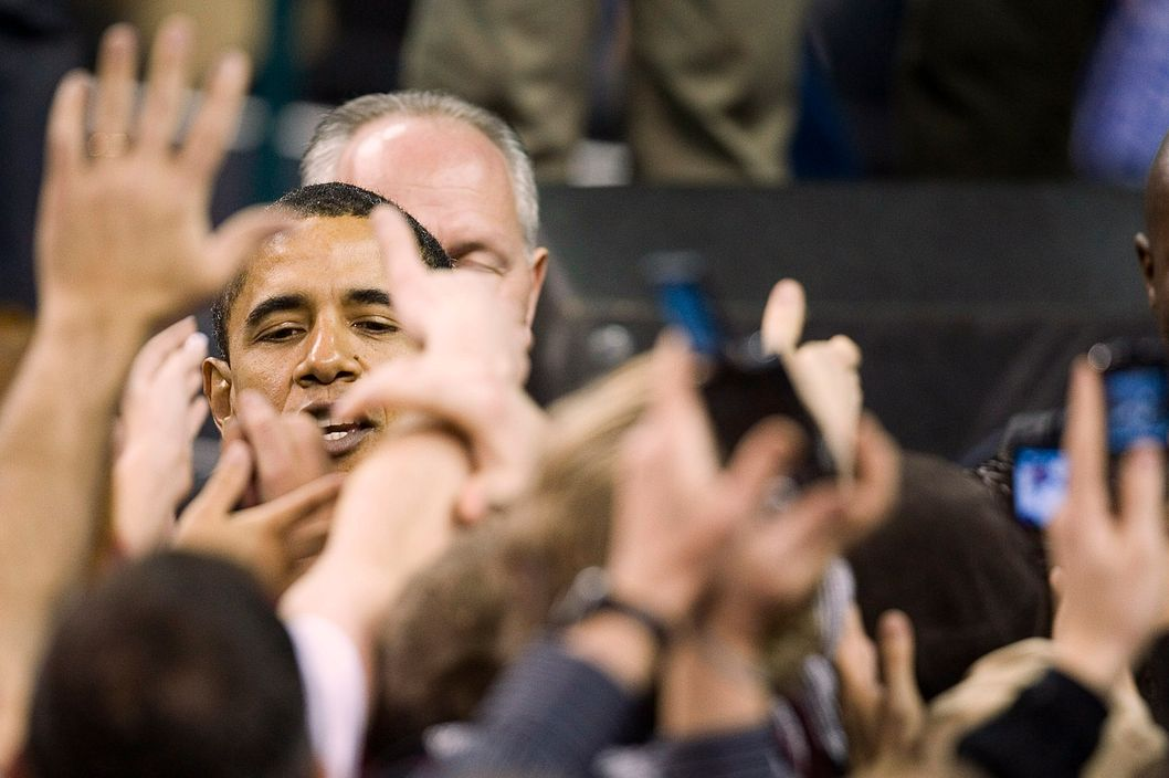 Democratic presidential candidate U.S. Sen. Barack Obama (D-IL) greets people in a crowd of more than 18,000 during a rally at the Key Arena