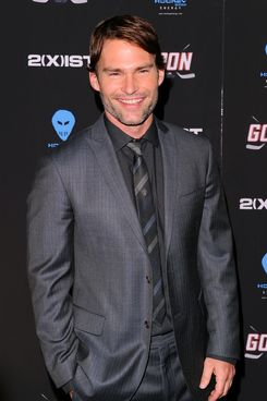 "NEW YORK, NY - FEBRUARY 23:  Actor Seann William Scott attends the ""Goon"" New York premiere at the SVA Theater on February 23, 2012 in New York City.  (Photo by Andrew H. Walker/Getty Images)"