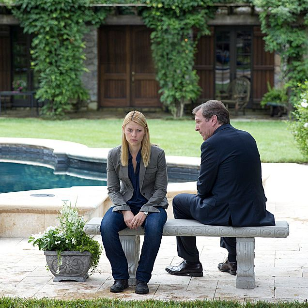 Claire Danes as Carrie Mathison and Martin Donovan as Leland Bennett in Homeland