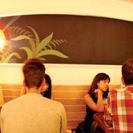 Luksus restaurant interior: Click to expand