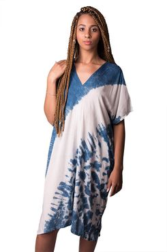 Three Cranes Gallery TCG Women's Angled Tie-Dye Slouchy V-Neck Dress