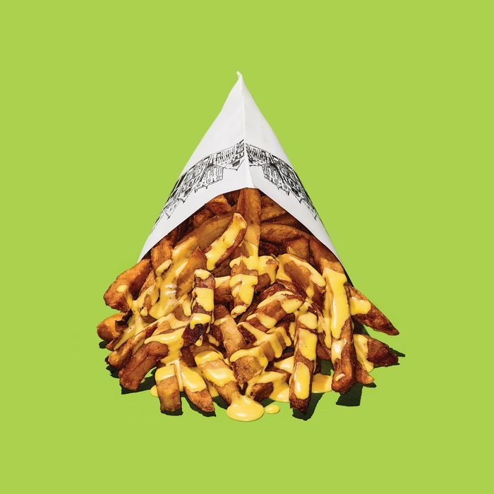 A gluttonous heap of Pommes Frites' fries.