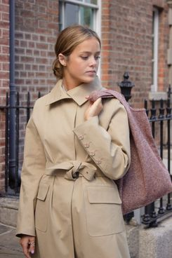 Stable Camel Mack Trench