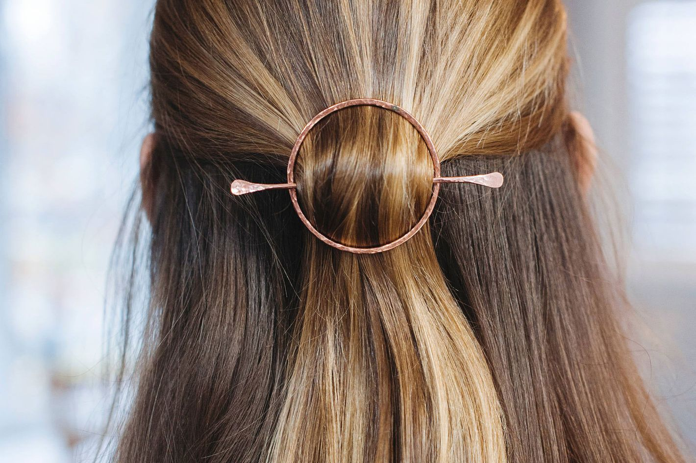 Adorn 512 Open Circle Hair Slide Clip