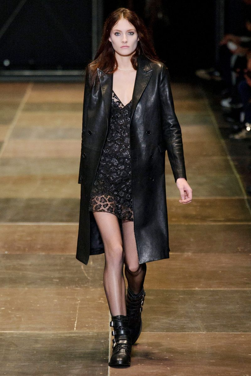 Saint laurent fall 2013 rtw the cut for Miroir yves saint laurent