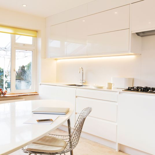 Small Kitchen Lamps: How To Make A Dark Room Brighter