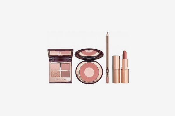 The Charlotte Tilbury Pillow Talk Look
