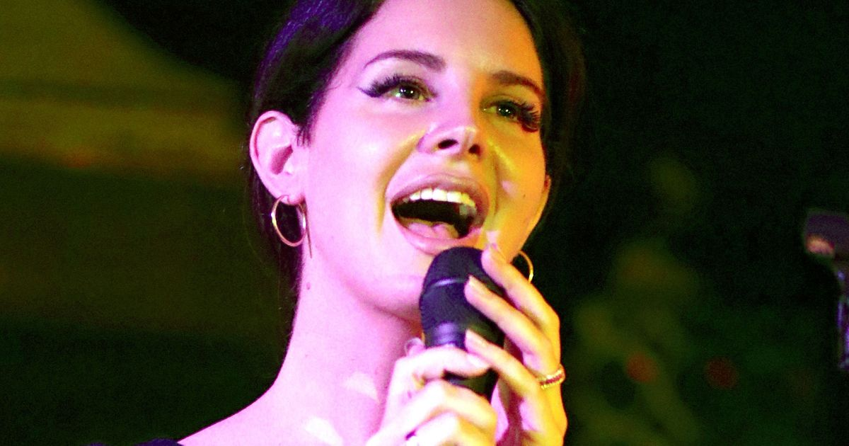 Lana Del Rey and Stevie Nicks Share 'Beautiful Problems'