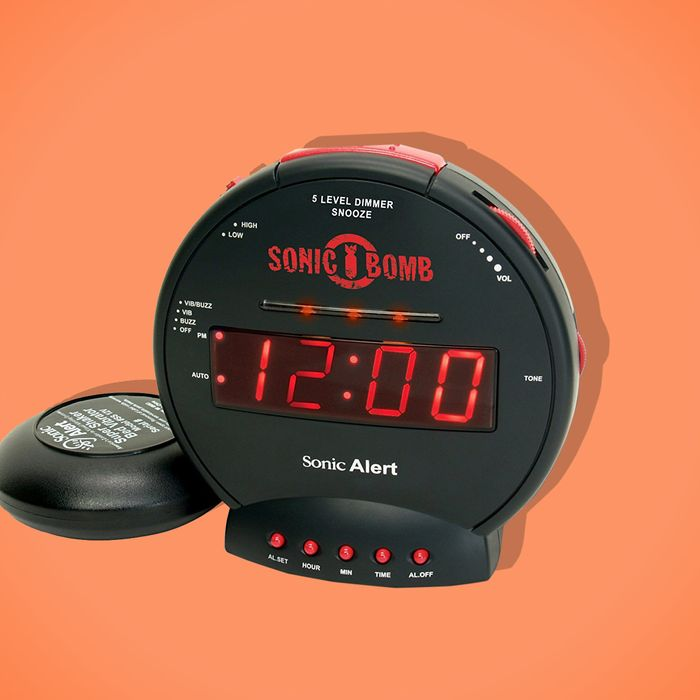 The Sonic Bomb alarm clock — The Strategist reviews the best alarm clock for hopelessly heavy sleepers.