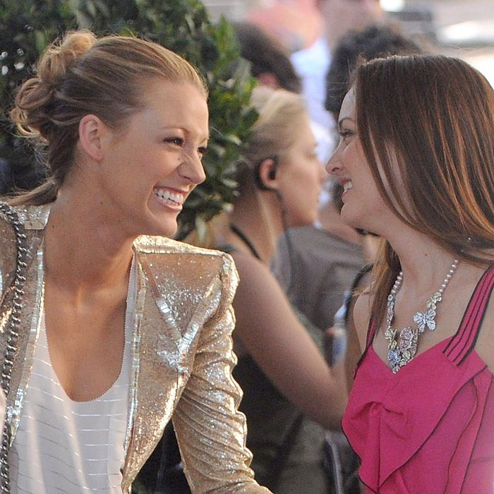 Serena (Blake Lively) and Blair (Leighton Meester).
