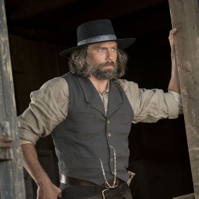Anson Mount as Cullen Bohannan - Hell on Wheels _ Season 5, Episode 10 - Photo Credit: Michelle Faye/AMC