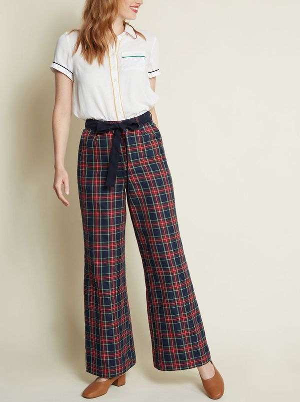 The Savannah Pant in Navy