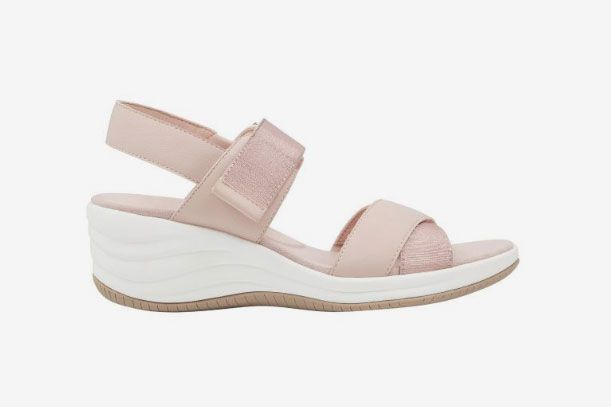 Darry Wedge Sandals