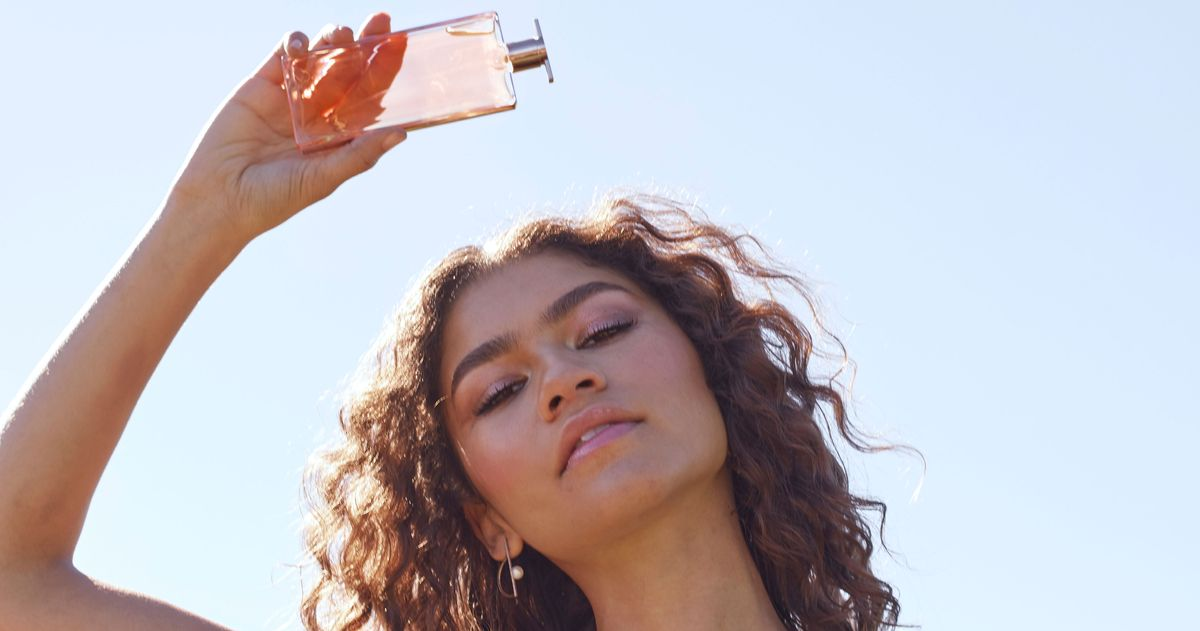 How To Get Smell Out Of Carpet >> You Can Get Zendaya's Lancome Idole Perfume a Month Early