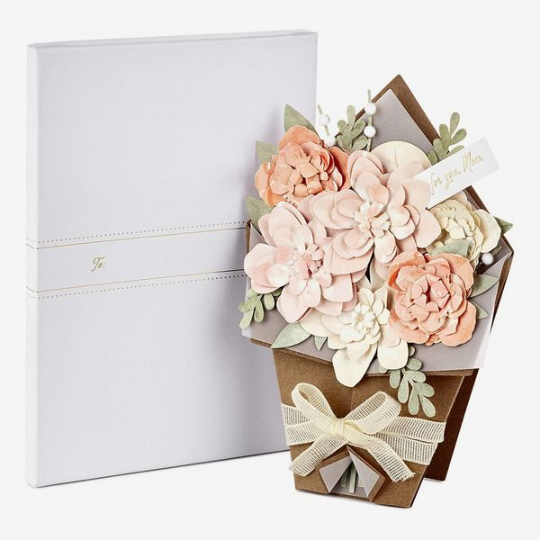 Hallmark Signature Displayable Bouquet Mothers Day Card