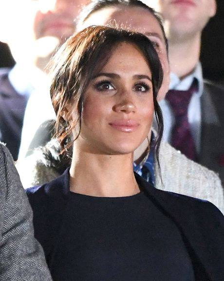 Meghan Markle Hair The Best Hairstyles From Her Royal Tour