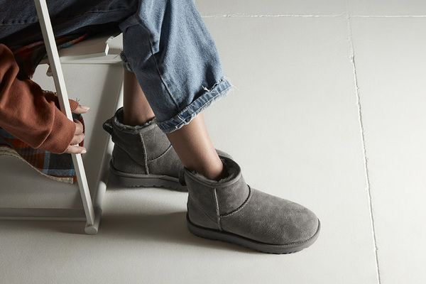 Ugg Women's Classic Mini II Leather Grey Ankle-High Suede Boot