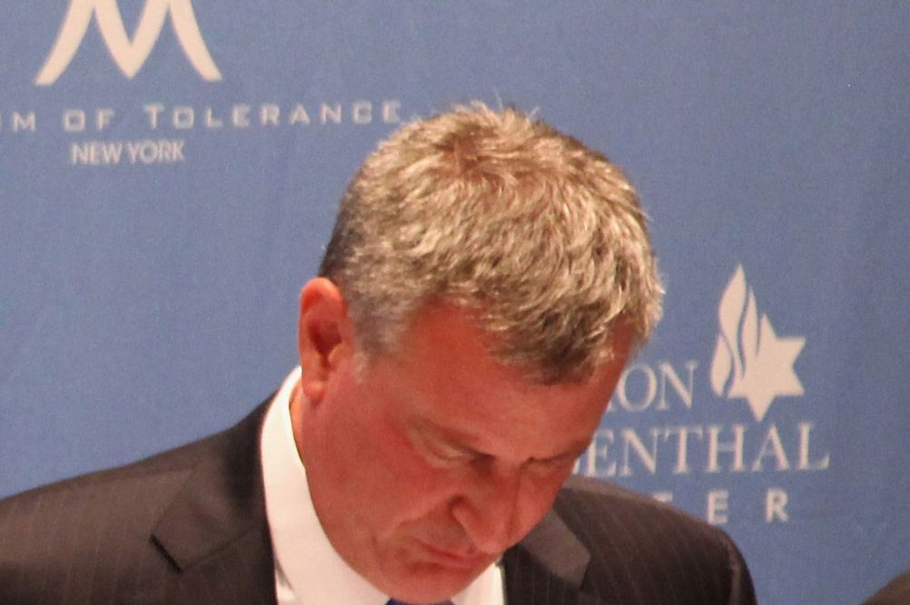 Mayoral candidates Bill Thompson, Anthony Weiner, and Bill de Blasio attend The New York City Mayoral Forum on Cultural Sensitivity & Tolerance at the Museum of Tolerance on August 14, 2013 in New York City.