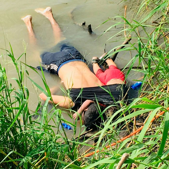 The bodies of Salvadoran migrant Óscar Alberto Martínez Ramírez and his nearly 2-year-old daughter Valeria.