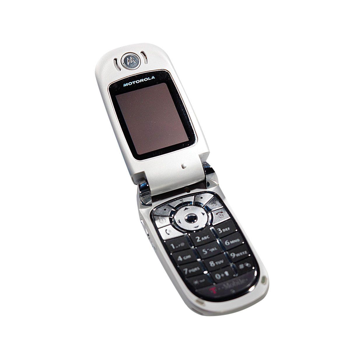 motorola flip phone. a motorola flip-phone photo 8 flip phone