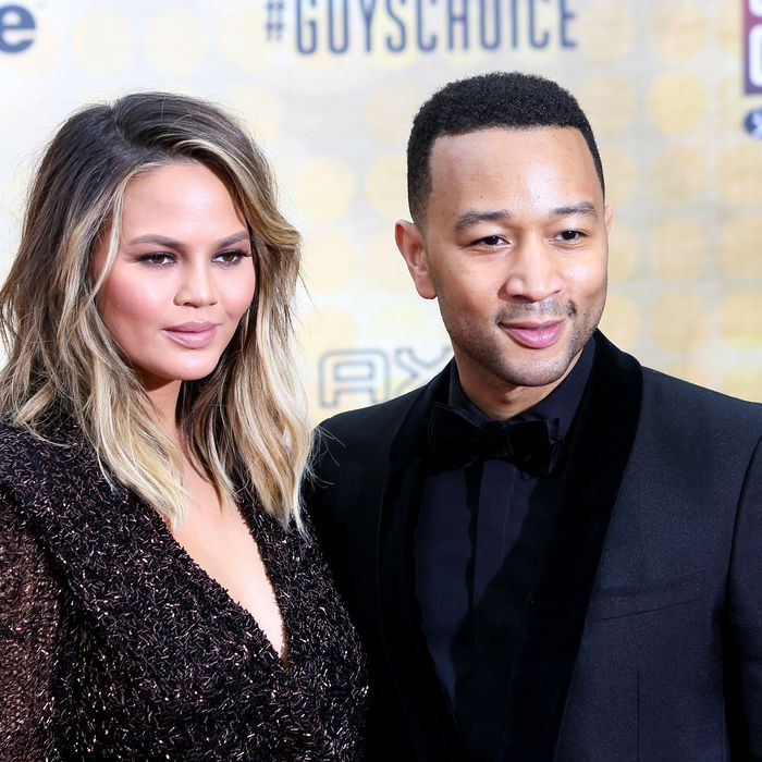 Chrissy Teigen Shares Christmas Photo with John Legend, Luna